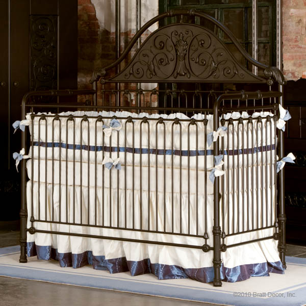 chelsea iron lifetime crib