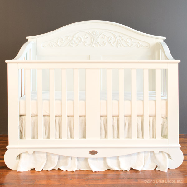 chelsea lifetime crib white