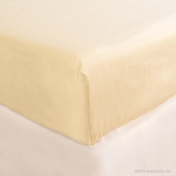 buttercup crib sheet