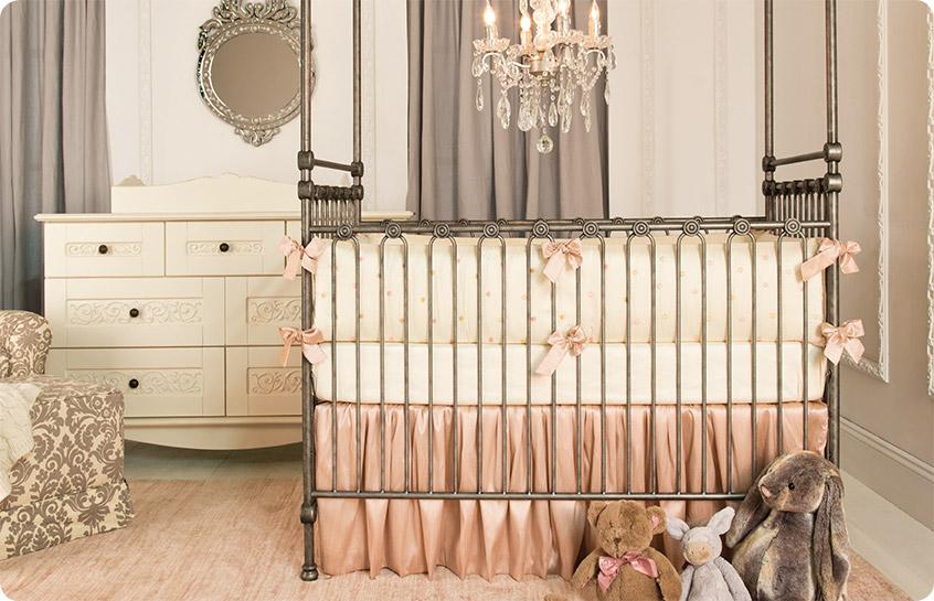 Bedding for your Baby Girl Bratt Decor